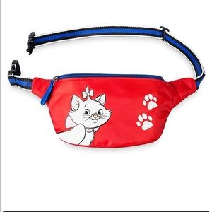 Loungefly disney marie hip pack